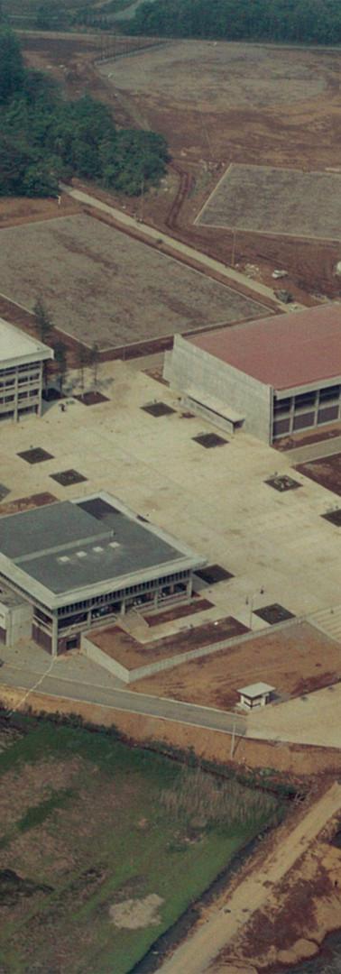開校当初の大宮校舎.jpg