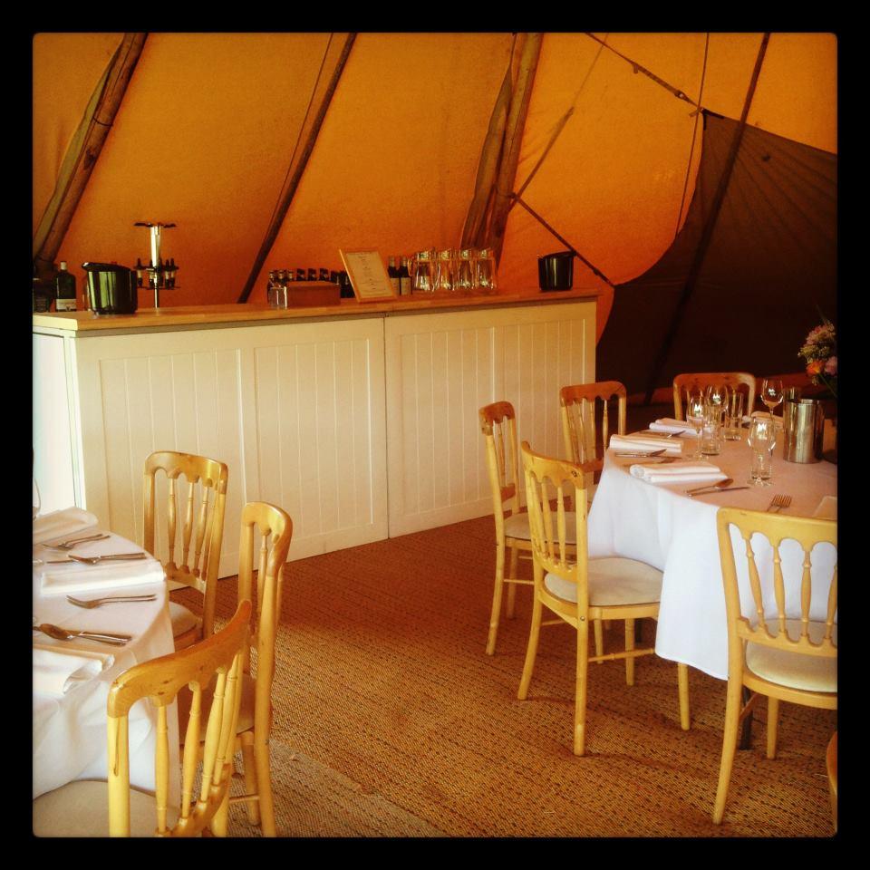 Wedding Bar in Tipi - wedding teepee