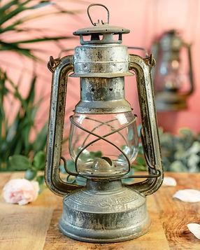 Original Feuerhand Oil Lamp Lantern.jpg