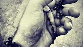 4 Tips for Improving Seniors' Physical and Mental Health through Prayer