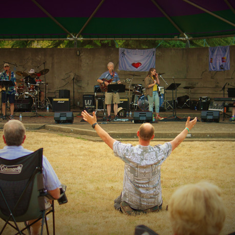 Praising Jesus through music!