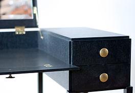 PH møbler - unikt dansk/nordisk design. Oplev møblerne i vores showroom i København