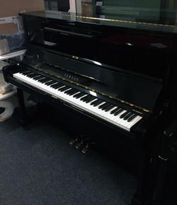 Yamaha-u1a-1