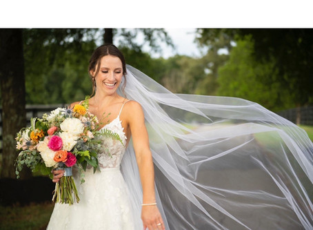 #Real Wedding Wednesday - Kate & Scott's Vibrant September Wedding