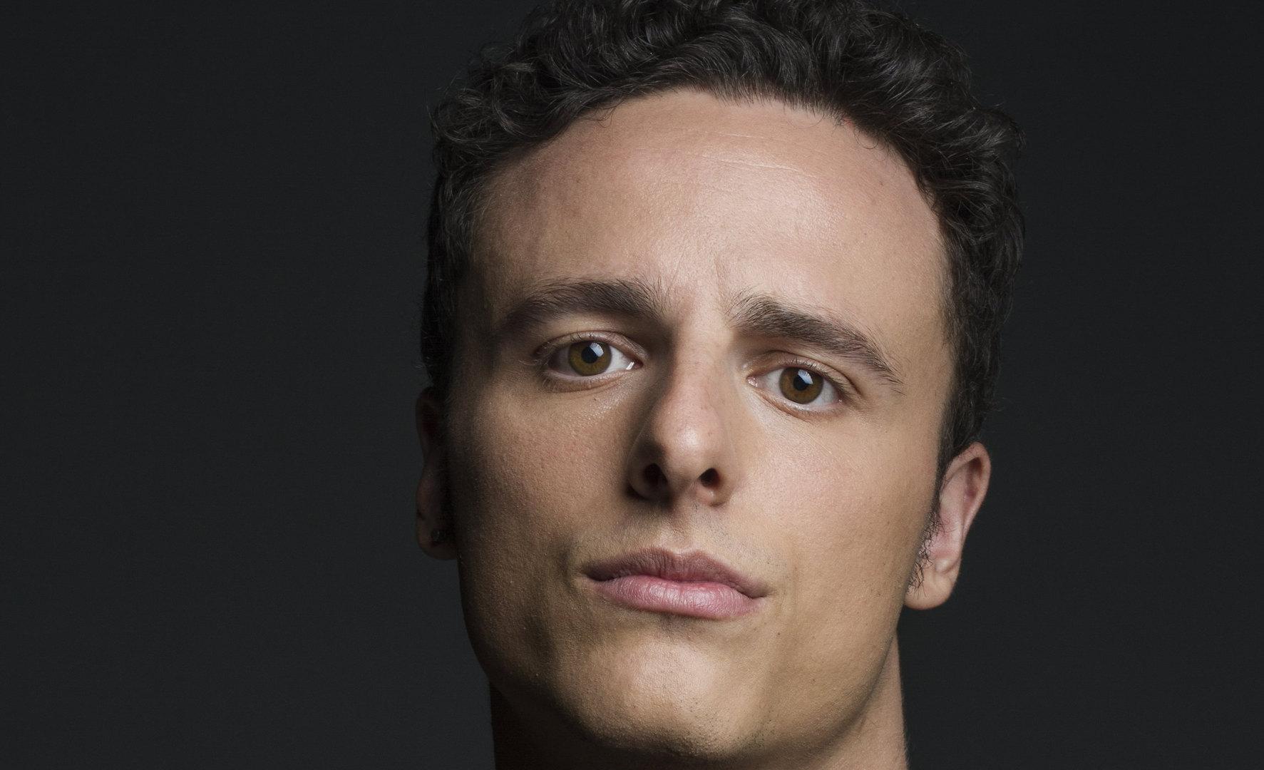 Mat Cruz - Actor