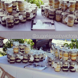 Cupcake Favors/Save The Dates