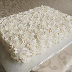 Vanilla & Raspberry Rossette Cake