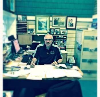 Nous avons un service personnalisé, notre expert Marcel R. Genest répond à toutes vos questions sur