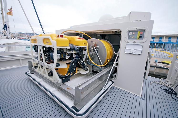 Ocean Explorer ROV 02.jpg