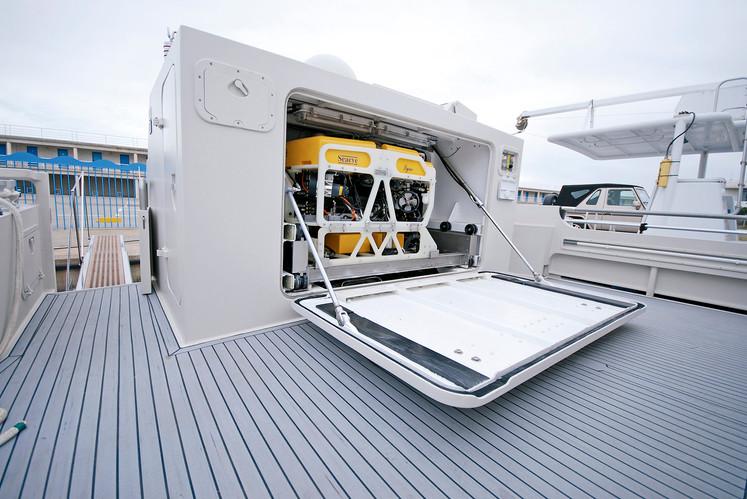 Ocean Explorer ROV 01.jpg