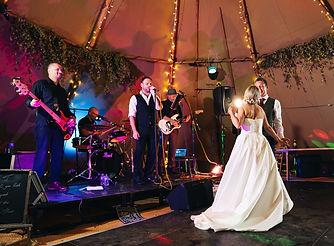 i party wedding band