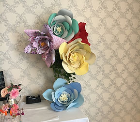 giant-paper-flowers