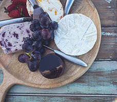 events-by-ramona-grazing-table