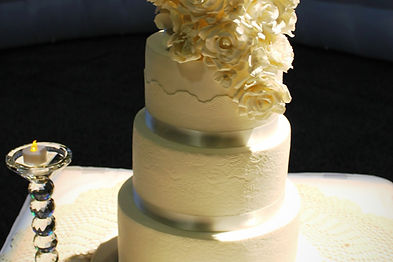 Wedding-Cake-Mackay