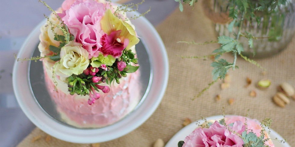 In Good Company | Petite Cake Decorating Workshop & Tea
