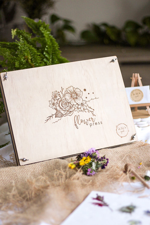 Gift Me - A Wooden Flower Press
