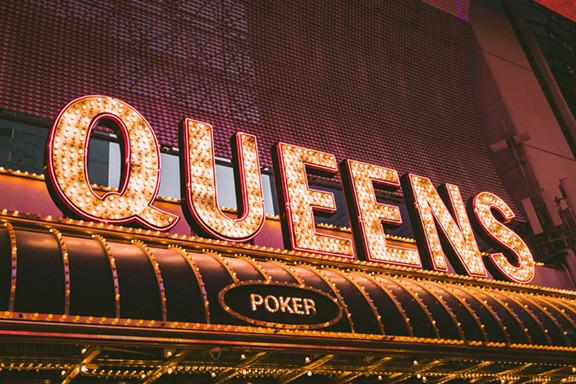 Queens Sign