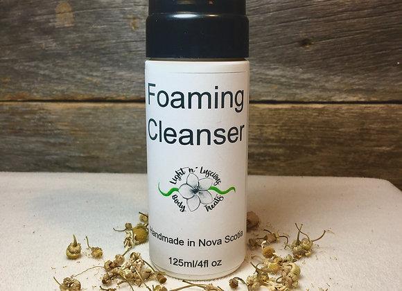 Sensitive | Foaming Cleanser | 125ml/4fl oz