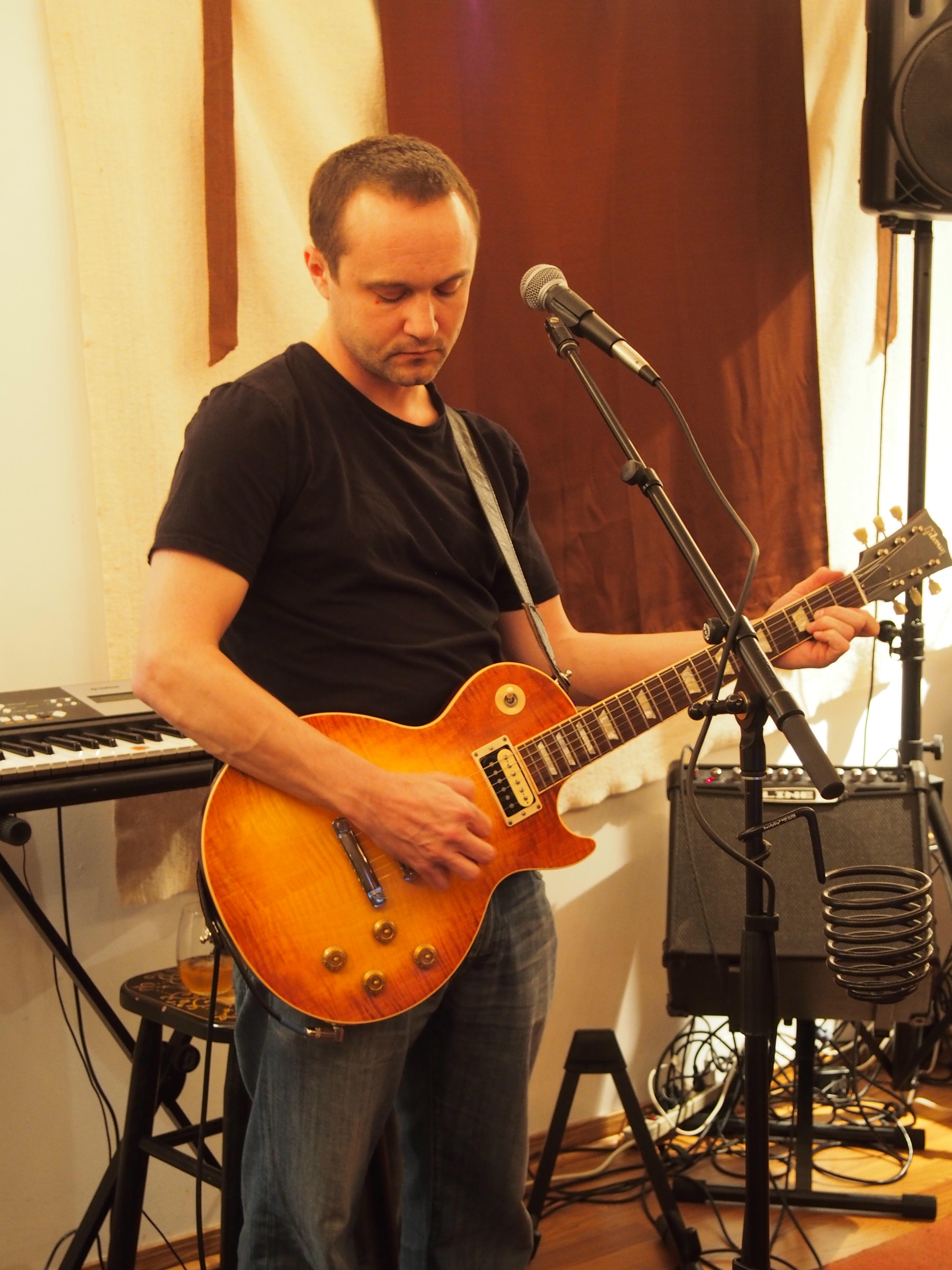 Matt Guitar3