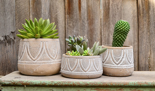 Beige & White Aged Ceramic Pottery Plant Pot Planter