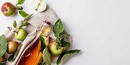 close-up-of-apple-cider-vinegar-in-bottl