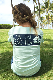 Love One Another Women's Christian Tee- Mint