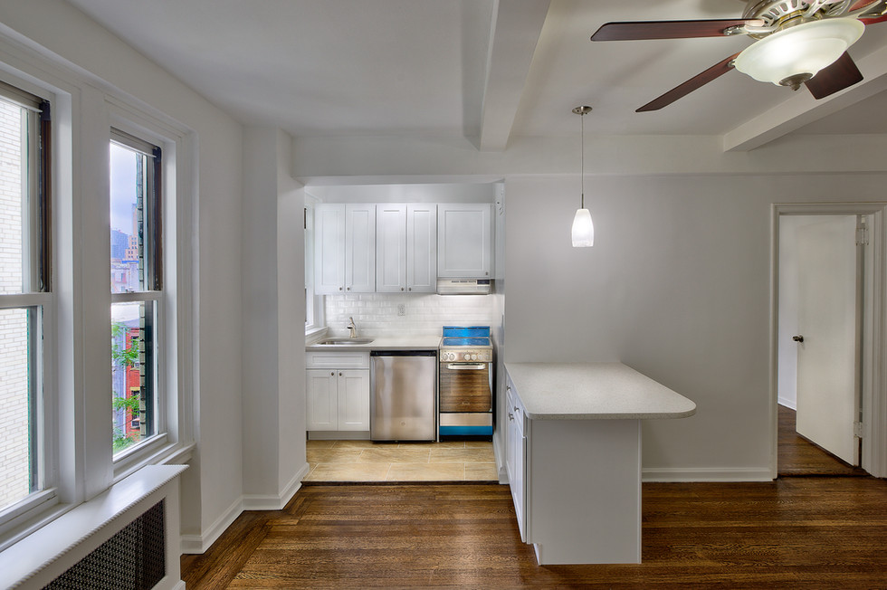 apartment lighter island.jpg
