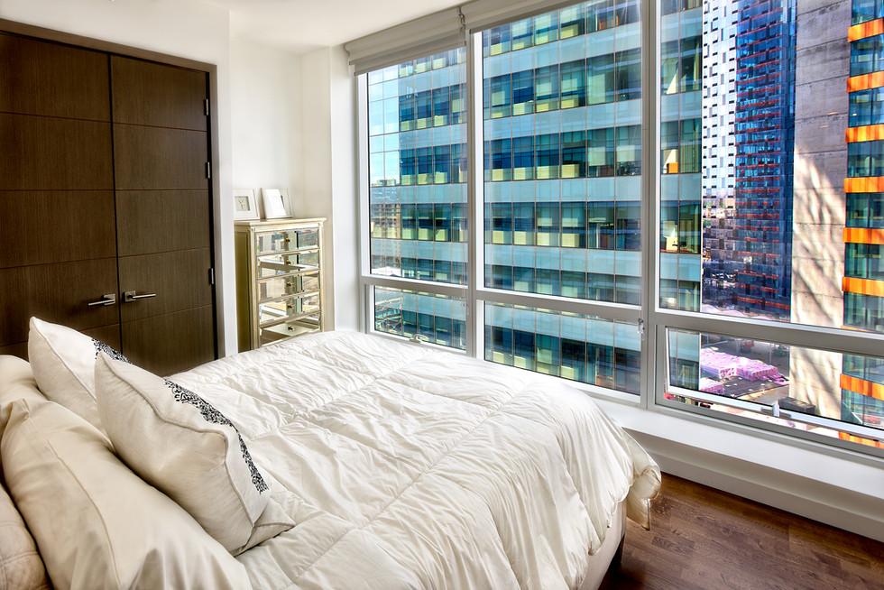 15H bedroom 1.jpg