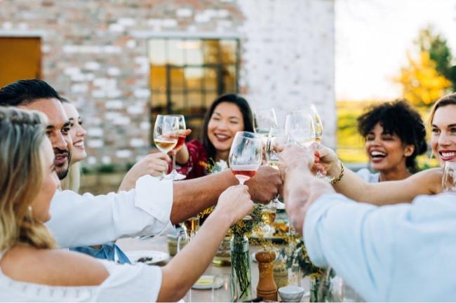 Wein mit Freunden