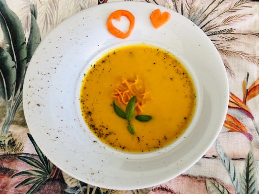 Pastinaken-Orange-Karotten Suppe