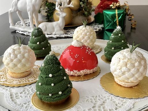 Christmas Tree & Snow Balls