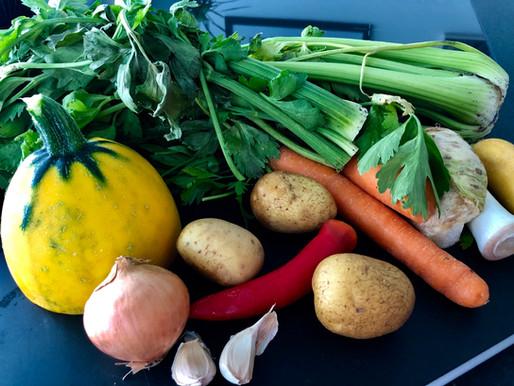 Kartoffel-Zucchini-Sellerie Cremesuppe