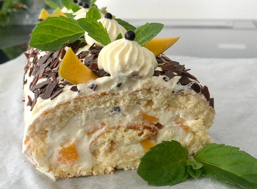 Mango - Joghurt Biskuit-Roulade