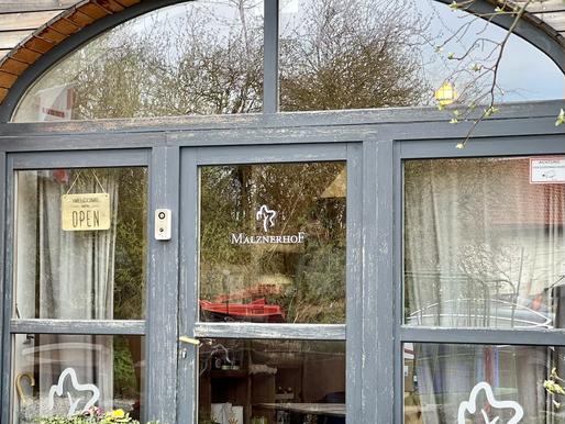 BIO-Cafe & BIO-Laden MALZNERHOF in Wallern