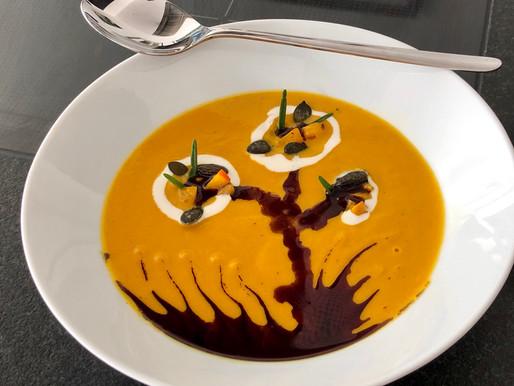 Kürbis-Karotten-Ingwer-Kokos Suppe ❤️