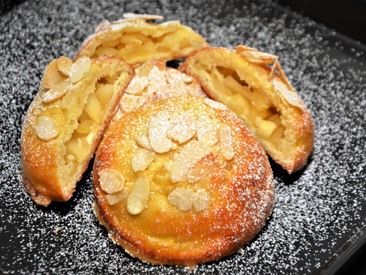 Apfel-Ravioli aus Mozzarella-Teig! Naschen ohne Reue....