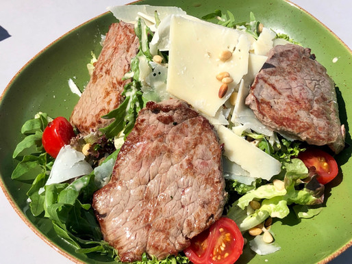 Herrliche Salate im Lentos Café ❤️