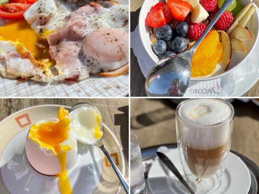 Frühstücken in der Cafe Konditorei Kern in Perg