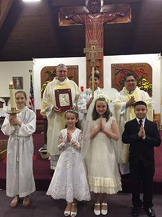 kisspng-monstrance-eucharist-sacramental