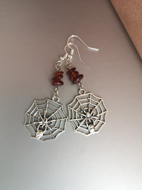 Spiderweb Garnet earrings