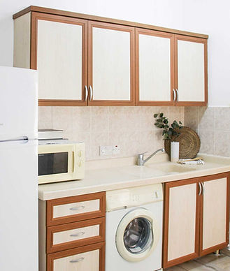 mimis-place-1+1-kitchen.jpg