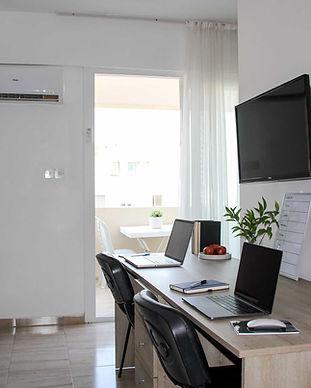 mimi-yurdu-penthouse-desk-balcony.jpg