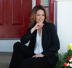 Tanya Pearson-business picture 2021.jpg