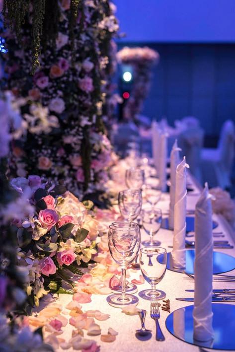 Wedding dinner in the grand ballroom at Shangri-La's Tanjung Aru Resort & Spa