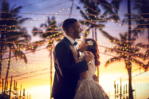 Sunset wedding on Tanjung Garden at Shangri-La's Tanjung Aru Resort & Spa, Kota Kinabalu, Sabah, Malaysia, Borneo
