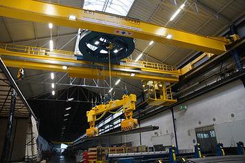 crane-3626171_1920.jpg