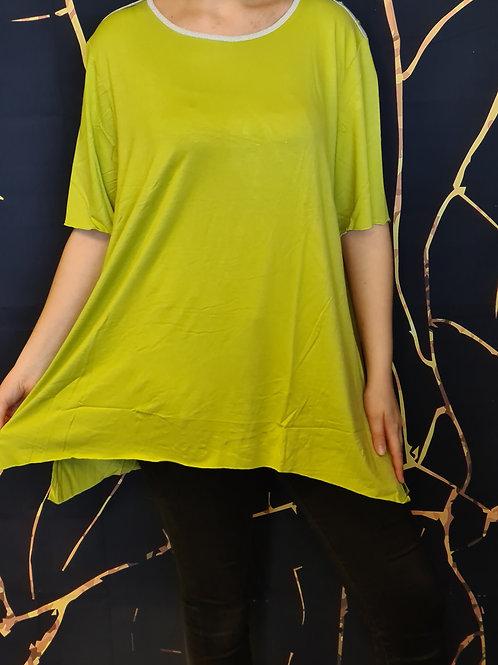 T-Shirt. Belle en Xl - Spécialiste de la mode grande taille.