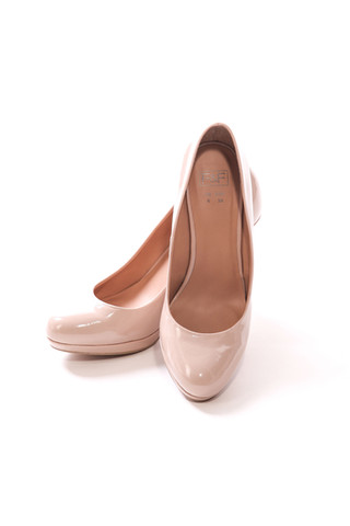 shoes_front_2-2.jpg