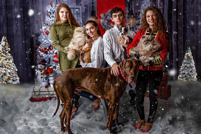 Cueto Kids Christmas 2020-1.jpg