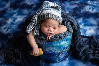 Dylan Newborn-23.jpg